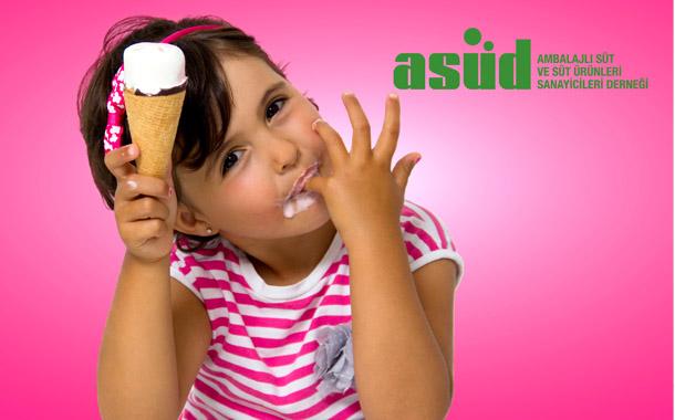 """ASÜD, dondurma tüketimi konusunda uyardı: """"Sokak satıcılarından dondurma almayın"""""""