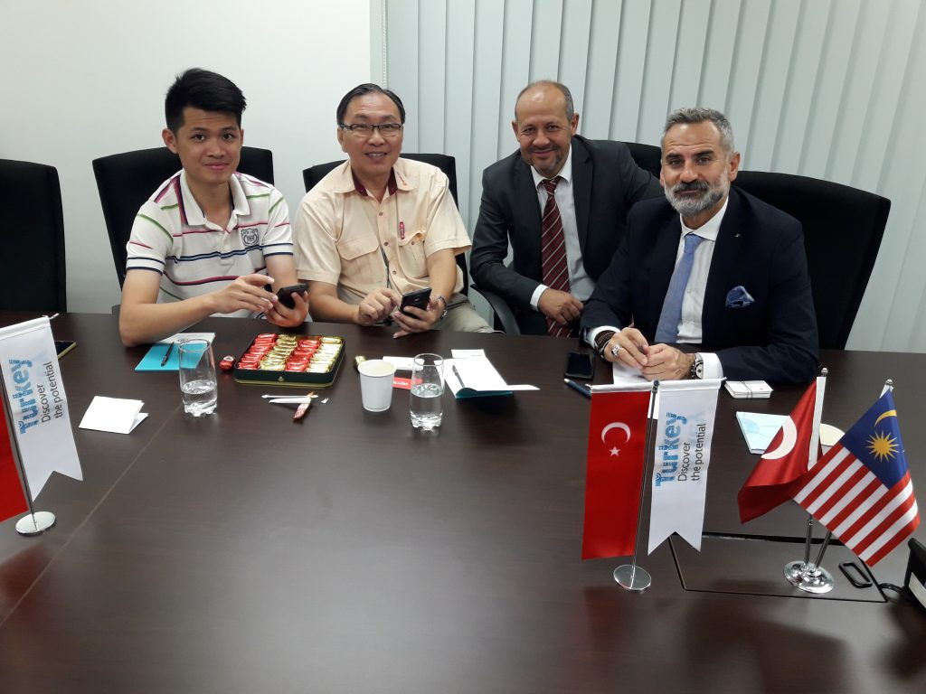 Türk kirazı ve üzümü Uzakdoğu ülkelerine hava kargo ile ulaşacak
