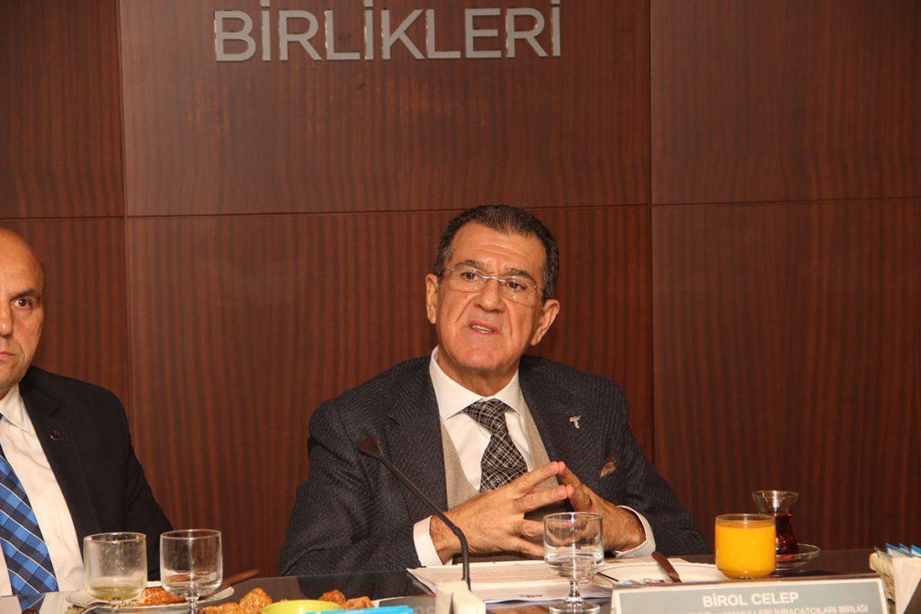 Bakan Fakıbaba'nın bir dokunuşu üzüm üreticisine 180 milyon lira kazandırdı