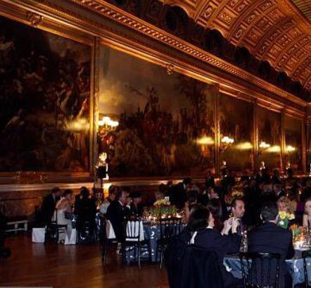 Türkiye'nin En Geleneksel ve Muhteşem Tatlarından Türk Lokumu, Turkey ONE Derneği ile Fransa'da Versailles Sarayı' nda sunuldu