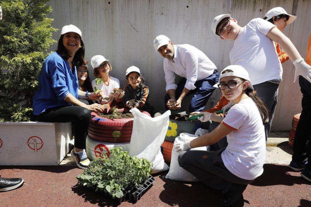 Cargill, daha sürdürülebilir bir gelecek için gıda israfı ve güvenliği konusunda farkındalığı artırmak üzere İstanbul'da öğrencilerle bir araya geldi